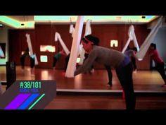 À la découverte du yoga aérien - YouTube