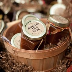 Apple butter favor for a fall wedding