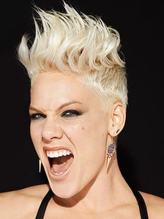 PINK THE SINGER-love her earrings want them but cannot find them!