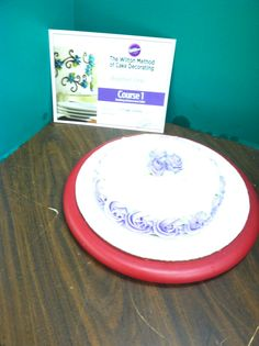 Wilton Cake Decorating Classes At Hobby Lobby : Building Buttercream Skills Class 1 Wilton Cake ...