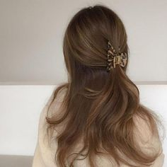 Clip Hairstyles, Pretty Hairstyles, Brown Hairstyles, Daily Hairstyles, Brunette Hairstyles, Simple Hairstyles, Formal Hairstyles, Hair Inspo, Hair Inspiration