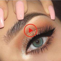 @ jadastockerr🌊 Shimmer Eye Makeup, Red Lipstick Makeup, Goth Makeup, Red Lipsticks, Make Up Designs, Tv Shopping, Eye Makeup Designs, Eyes, Cool Stuff
