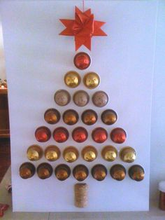 Idea for gift giving Nespresso pods. Cut holes then push pods through rather than stick on the card? Diy And Crafts, Christmas Crafts, Christmas Decorations, Christmas Ornaments, Holiday Decor, Diy For Kids, Crafts For Kids, Alternative Christmas Tree, 242