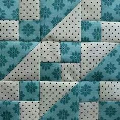 Patchwork blocks ideas quilt patterns Ideas for 2019 Scrappy Quilts, Patchwork Quilting, Easy Quilts, Mini Quilts, Quilt Blocks Easy, Big Block Quilts, Quilt Block Patterns, Pattern Blocks, Quilting Projects