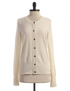 Check it out! Banana Republic, Size M. Priced at $25.95.