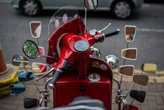 Vespa Images, Honda Motorbikes, Motor Scooters, Belfast, Aluminium, Motorcycle, Products, Close Up, Silver