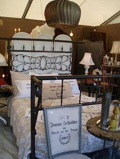 round top/warrenton texas antique show via garden antqs vintage