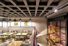 Alaloum Board Game Café / Triopton Architects