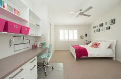 Pops of pink add elegance to the bedroom [Design: Angus Cowan Constructions]