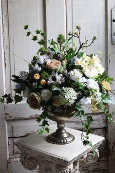 bukiet Baronessa Floral Wreath, Wreaths, Beauty, Home Decor, Floral Crown, Decoration Home, Door Wreaths, Room Decor, Deco Mesh Wreaths