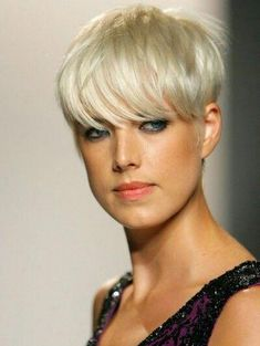"""How to style the Pixie cut? Despite what we think of short cuts , it is possible to play with his hair and to style his Pixie cut as he pleases. For a hairstyle with a """"so chic"""" and pointed… Continue Reading → Natural Hair Styles, Short Hair Styles, Celebrity Short Hair, Grey Wig, Corte Y Color, Short Hair Cuts For Women, Silky Hair, Great Hair, Hair Today"""