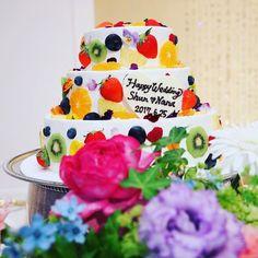 色とりどりカラフルでかわいいフルーツ断面ケーキ♪
