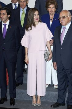 Queen Letizia of Spain Photos Photos - Queen Letizia of Spain attends 'Foundation Against Drugs' meeting at Distrito Telefonica on July 4, 2017 in Madrid, Spain. - Queen Letizia Attends a Meeting At Foundation Against Drugs