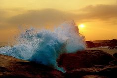 Waves and sunset<3