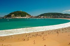 San Sebastian (the colors are beautiful...I like the combination of the ocean color, sand and mountains)