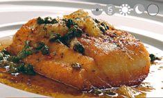 Recetas - Corvina en mantequilla negra de limón y alcaparras http://www.cocinasemana.com/recetas/receta/corvina-mantequilla-negra-limon-alcaparras/21462