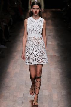 Valentino Spring 2015 Ready-to-Wea