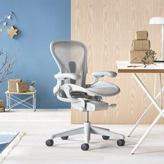Herman Miller Aeron Chair, Gamers, Office Chairs, Furniture, Home Decor, Home Office, Decoration Home, Room Decor, Home Furnishings