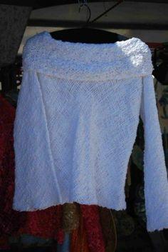 Sweter tejido en telar