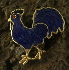 Vintage Gold Tone Blue Enamel Rooster Chicken Brooch.