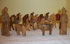 Vintage Awesome Wood Carved Nativity 10 Piece Set от Sunflowermom
