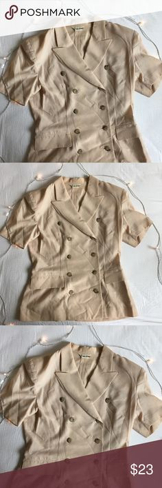 """Short Sleeve Double Breasted Coat beige No size mark but fits like Medium. Measures 27"""" shoulder to bottom x 15"""" pit to pit. Light stains at the bottom (shown in last pic) otherwise in excellent condition, just has wrinkles. Tops Tees - Short Sleeve"""