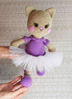 Mesmerizing Crochet an Amigurumi Rabbit Ideas. Lovely Crochet an Amigurumi Rabbit Ideas. Crochet Gifts, Cute Crochet, Crochet For Kids, Crochet Dolls, Crochet Bear Patterns, Amigurumi Patterns, Crochet Designs, Amigurumi Tutorial, Pikachu Crochet