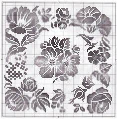 Filet Crochet Charts, Crochet Diagram, Crochet Motif, Crochet Doilies, Crochet Stitches, Crochet Patterns, Cross Stitch Cushion, Cross Stitch Rose, Cross Stitch Flowers