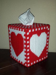 Handmade Finished Red/White Heart Checkerboard Tissue Box Cover by StephsStuffStudio on Etsy Plastic Canvas Coasters, Plastic Canvas Stitches, Plastic Canvas Tissue Boxes, Plastic Canvas Crafts, Plastic Canvas Patterns, Box Patterns, Heart Patterns, Plastic Canvas Christmas, Damier