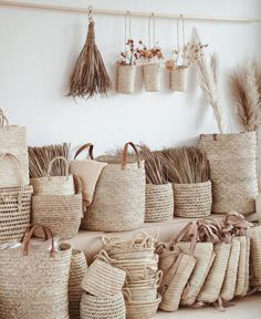 Get Creative With Basket Lighting Are you searching for creative ways to spruce up your home but are lacking in interior design knowledge? Relax, there is no need to worry because making one's home look updated is not that complicate Home Design, Interior Design, Design Design, Basket Lighting, Deco Boheme, Basket Weaving, Woven Baskets, Seagrass Baskets, Cane Baskets