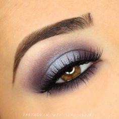 Lila und Blau Halo Smokey Eye Makeup Tutorial - Make up Smokey Eye Makeup Tutorial, Eye Makeup Tips, Makeup Geek, Skin Makeup, Makeup Inspo, Eyeshadow Makeup, Makeup Inspiration, Beauty Makeup, Makeup Ideas