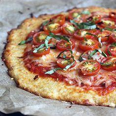 Make This Gluten-Free Cauliflower Pizza Crust Over and Over Gluten-free and low-carb cauliflower crust pizza.Gluten-free and low-carb cauliflower crust pizza. Low Carb Recipes, Vegetarian Recipes, Cooking Recipes, Healthy Recipes, Vegetarian Dinners, Pizza Recipes, Healthy Dinners, Easy Dinners, Dinner Recipes