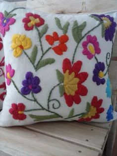 Crewel Embroidery Creative Stitchery Roses Are Red Pillow Kit - Embroidery Design Guide Cushion Embroidery, Embroidered Cushions, Crewel Embroidery, Hand Embroidery Patterns, Brazilian Embroidery Stitches, Mexican Embroidery, Types Of Embroidery, Needlepoint Stitches, Needlepoint Kits