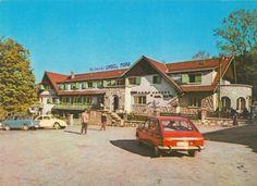 "70s postcard from Romania, Timisu de Jos, Motel ""Dâmbul Morii"", featuring VW Beetle / Käfer / Buburuzã, FIAT 850,  RENAULT 16 Mad Movies, Fiat 850, Volkswagen Beetles, Socialism, Motel, Places To Travel, Europe, Cabin, Memories"