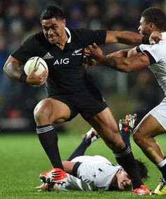 Malakai Fekitoa's first test series will have left the All Blacks bosses confident they have a suitable back-up at centre for Conrad Smith. Rugby League, Rugby Players, All Blacks Rugby, Beefy Men, I Am Game, New Zealand, Confident, Centre