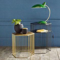 Lampe à poser métal et laiton vintage, Rosella  http://www.homelisty.com/reduction-salon-redoute-interieurs/