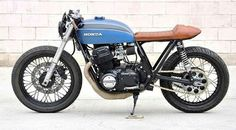 Honda Cafe Racer. Great, they lost the ugly oil tank!!