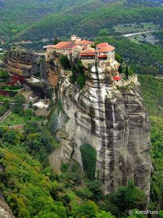 Meteora may be one of my favorite spots in Greece. They used to pull the monks up in baskets. Do you know how they knew when to change the rope? When it broke silly! Glad I wasnt that monk. ndege