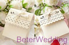 scalloped favor caixa doce         http://pt.aliexpress.com/store/product/60pcs-Black-Damask-Flourish-Turquoise-Tapestry-Favor-Boxes-BETER-TH013-http-shop72795737-taobao-com/926099_1226860165.html   #presentesdecasamento #Casamentos #presentesdopartido #lembranças #caixadedoces