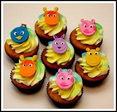 Da-da-dahhh! It's Backyardigans Birthday Cupcakes!