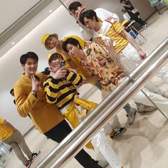 Cute Couple Art, Cute Couples, Li Hong Yi, Mickey Mouse Wallpaper, Korean People, Rainbow Flag, Thai Drama, Male Poses, We Meet Again