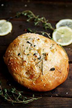 Vegan Lemon Herb Garlic Bread Buns