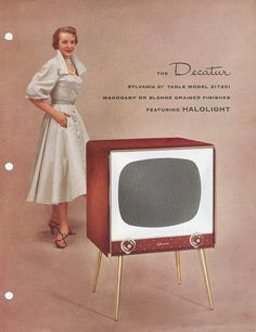 Television Set, Vintage Television, Retro Advertising, Vintage Advertisements, Vintage Tv, Vintage Signs, Retro Radios, Old Technology, Tv Ads