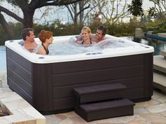 Who doesn't like a #hottub party?
