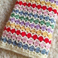 Seersucker Stitch Knitting Pattern Seersucker Stitch Knitting Pattern,Studio Knit So elegant! The Seersucker Stitch Knitting Pattern creates textured rows of puckered diamond shapes edged with stockinette ridges. This Repeat Knit Stitch Pattern looks. Crochet Simple, Crochet Diy, Crochet Afghans, Crochet Blanket Patterns, Baby Blanket Crochet, Crochet Stitches, Easy Knitting Patterns, Stitch Patterns, Motif Mandala Crochet