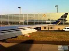 Unser Flugzeug - Check more at https://www.miles-around.de/trip-reports/economy-class/singapore-airlines-boeing-747-400-economy-class-frankfurt-nach-new-york/,  #747-400 #avgeek #Aviation #Boeing #EconomyClass #Flughafen #FRA #JFK #NewYork #NewYorkCity #SingaporeAirlines #Trip-Report #USA