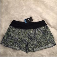 Nike Running Shorts BRAND NEW-    NO TRADES/PAYPAL/MERCARI NO LOWBALLING ✅NEXT DAY SHIPPING ✅ OFFERS THROUGH OFFER BUTTON ✅BUNDLES ACCEPTED Nike Shorts