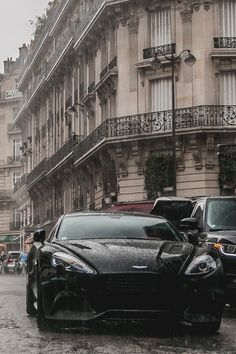 Beautiful black Aston