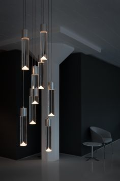 Looking for a modern chandelier? This chandelier by Saleem Khattak is fresh, original, and born from the infinite possibilities of light emitting diodes. Stair Lighting, Suspended Lighting, Interior Lighting, Home Lighting, Modern Lighting, Lighting Concepts, Lighting Design, Lustre Led, Blitz Design