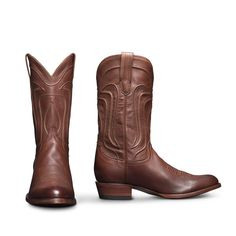 The Cartwright is a timeless cowboy boot with an angled heel, signature Tecovas toe stitching, and an elegant, sweeping hand-corded pattern on its shaft. Ultra-soft calfskin leather wraps the entire boot for a look that can be worn on any occasion. Tecovas Boots, Calf Boots, Cowgirl Boots, Western Boots, Shoe Boots, Men's Shoes, Timberland Boots Women, Snow Boots Women, Fashion Boots